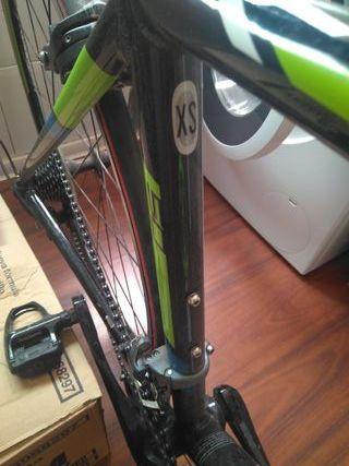 Bicicleta Carretera Xs marca scott