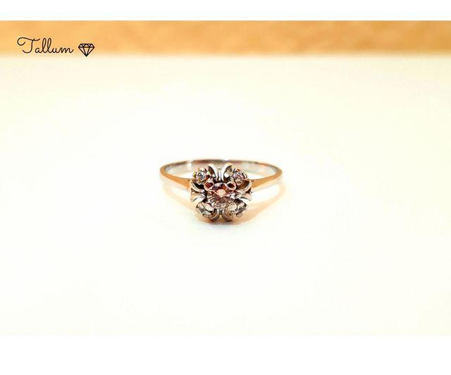 Anillo en oro 18kts y diamante