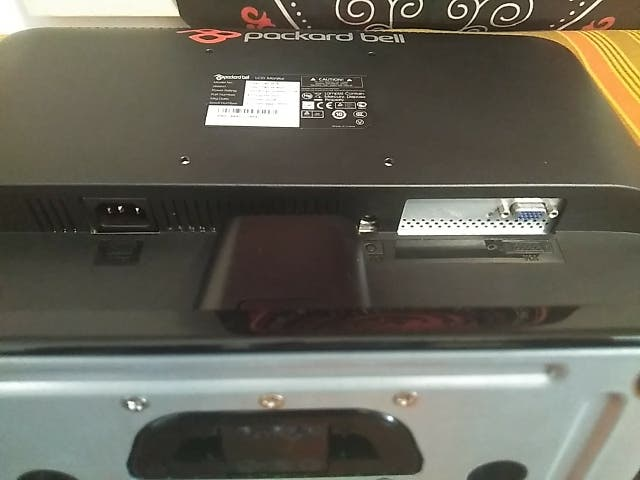 "Pantalla Packard Bell (PB) Viseo 190W LCD 18,5"""