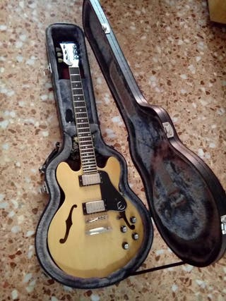 Guitarra eléctrica Epiphone 339 + estuche