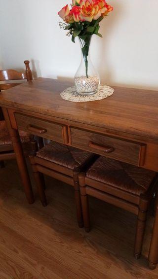 mesa plegable con sillas