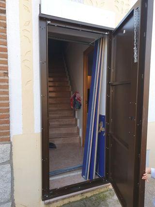 puerta antiokupas