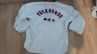 Uniforme taekwondo