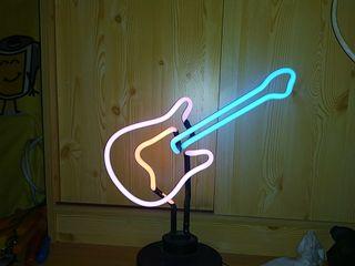 Lampara guitarra neón