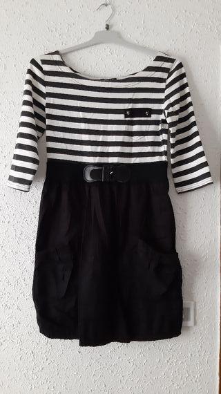 Vestido estilo marinero.
