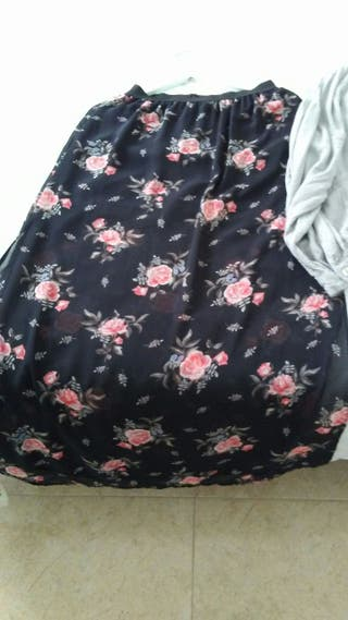 falda chica nueva
