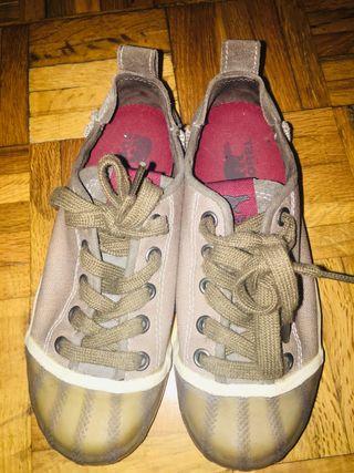 Zapatillas de lona color verdes niños
