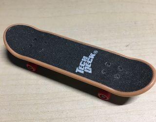 Finger skate Tech Deck