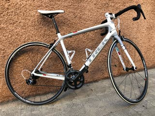TREK Madone 4.7 400 Series OCLV Carbon)