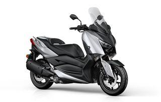 Yamaha XMAX 300 Y Yamaha XMAX 300 IRON MAX