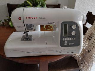 maquina de coser y bordar por ordenador