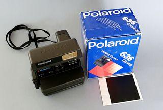 Cámara de fotos instantánea Polaroid 636