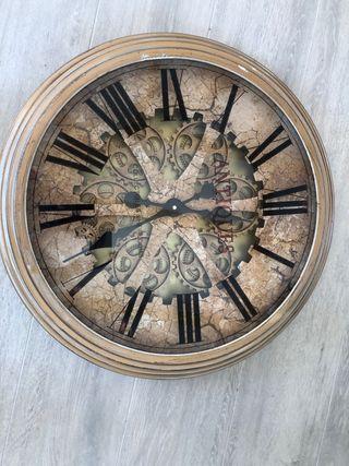 Reloj para pared metálico