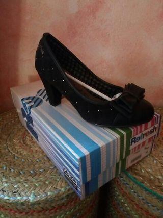 Zapatos nuevos mujer Numero 35