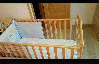 Cuna para bebé y colchón de regalo