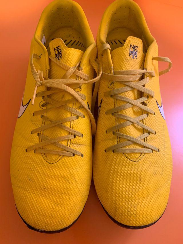 Botas Nike Mercurial Talla 40
