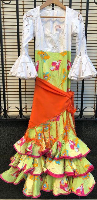 Traje de flamenca talla 34-36