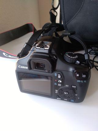 Cámara Canon 1100D