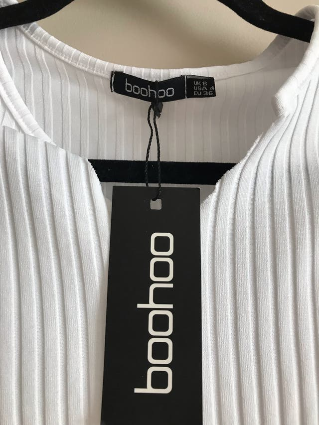NEVER WORN WITH TAGS
