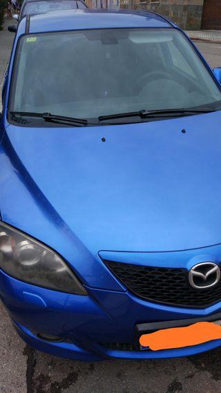 Mazda 3 2005 AVERIADO
