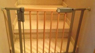 Puertas cubre Geuther escaleras, barreras niños