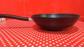 Sartén wok nuevo