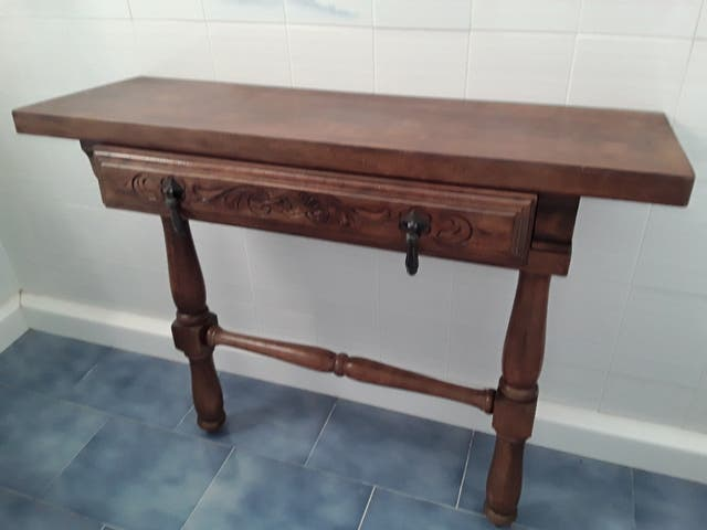 Mueble de entrada antiguo