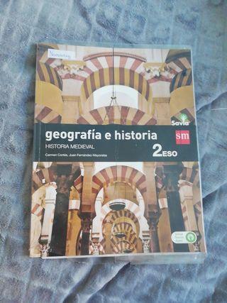 LIBRO DE TEXTO DE LA HISTORIA MEDIEVAL