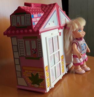 Casita de barriguitas con muñeca