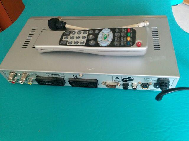 Receptor digital satelite