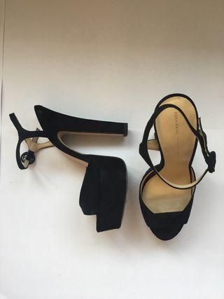 Sandalias de tacón de ZARA