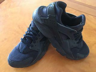 Nike Huarache, talla 38,5