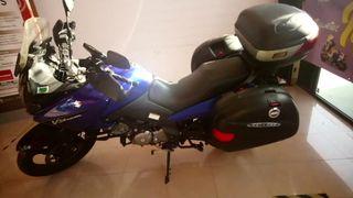 Suzuki V-Strom 650cc