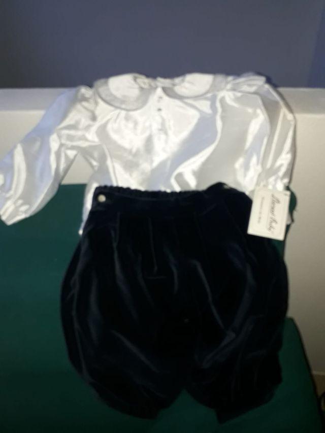 Camisa de Santum y pantalón de terciopelo
