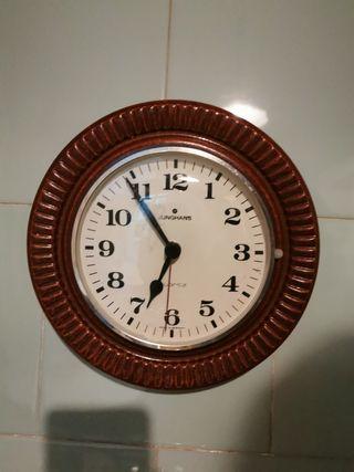 Reloj de pared Junghans