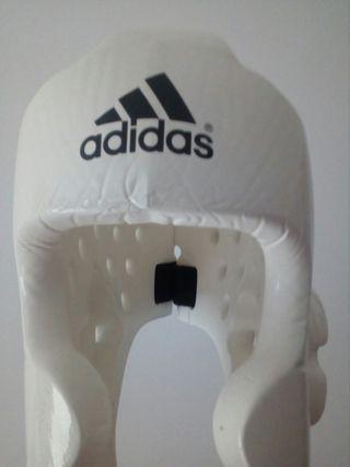 casco boxeo/karate adidas