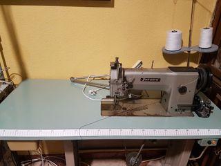 Maquina de coser tapicería, Triple arrastre