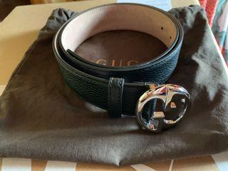 Cinturon gucci piel negro