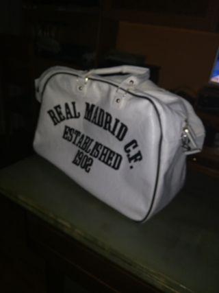 Real Madrid bolsa clásica