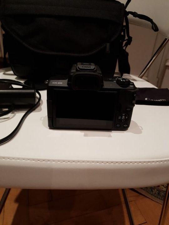 Appareil photo canon EOS M50
