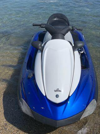 Yamaha fx cruiser . Moto de agua