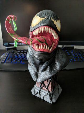 Busto Venom Legends Edición limitada con caja