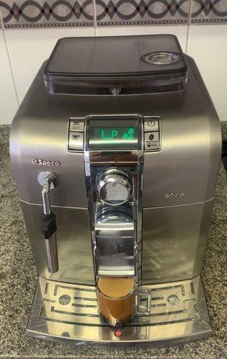 Cafetera Saeco Syntia