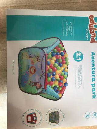 Parque infantil y bolas