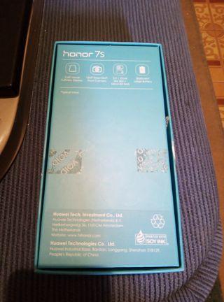 Honor 7S
