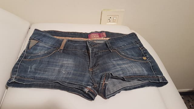 pantalon corto tejano