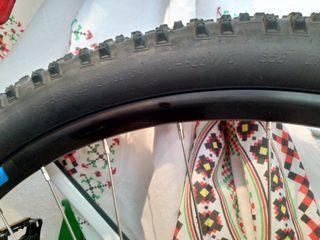 Cubiertas y cámaras para bicicleta de montaña