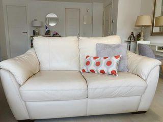 Vendo 2 sofás de piel color blanco roto