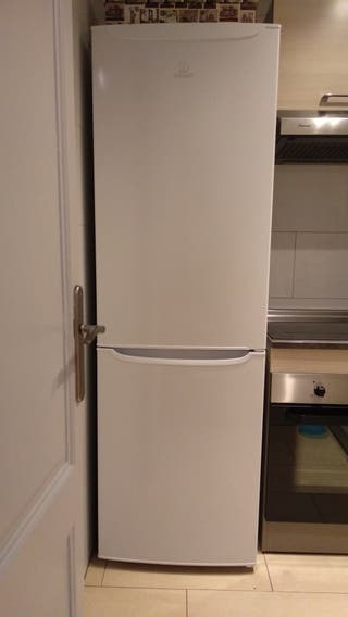 Nevera Combi Indesit Super Cuidada