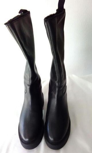 Botas de cana alta. Nuevo